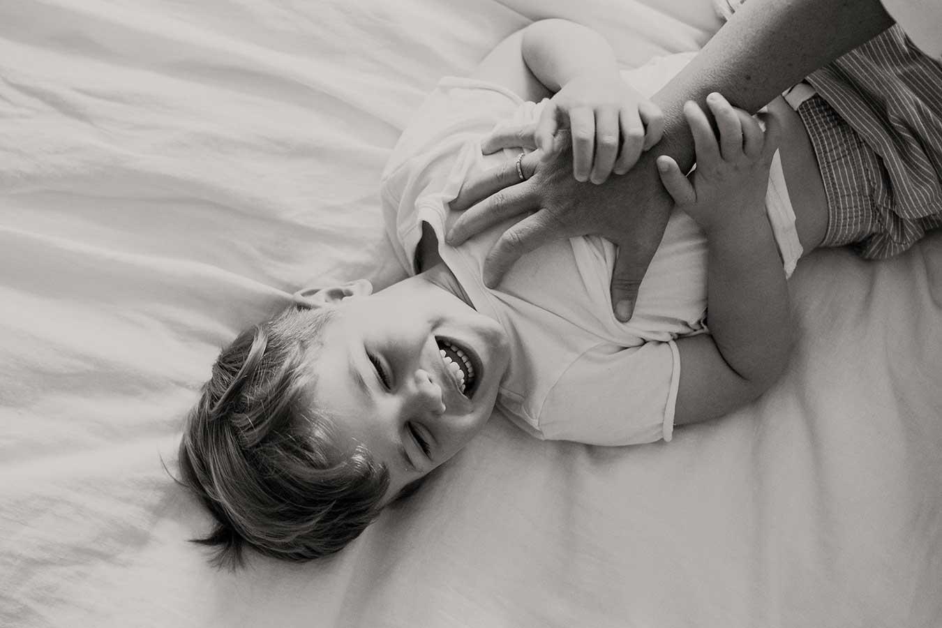 motherhood-photography-mothers-day-gift-2