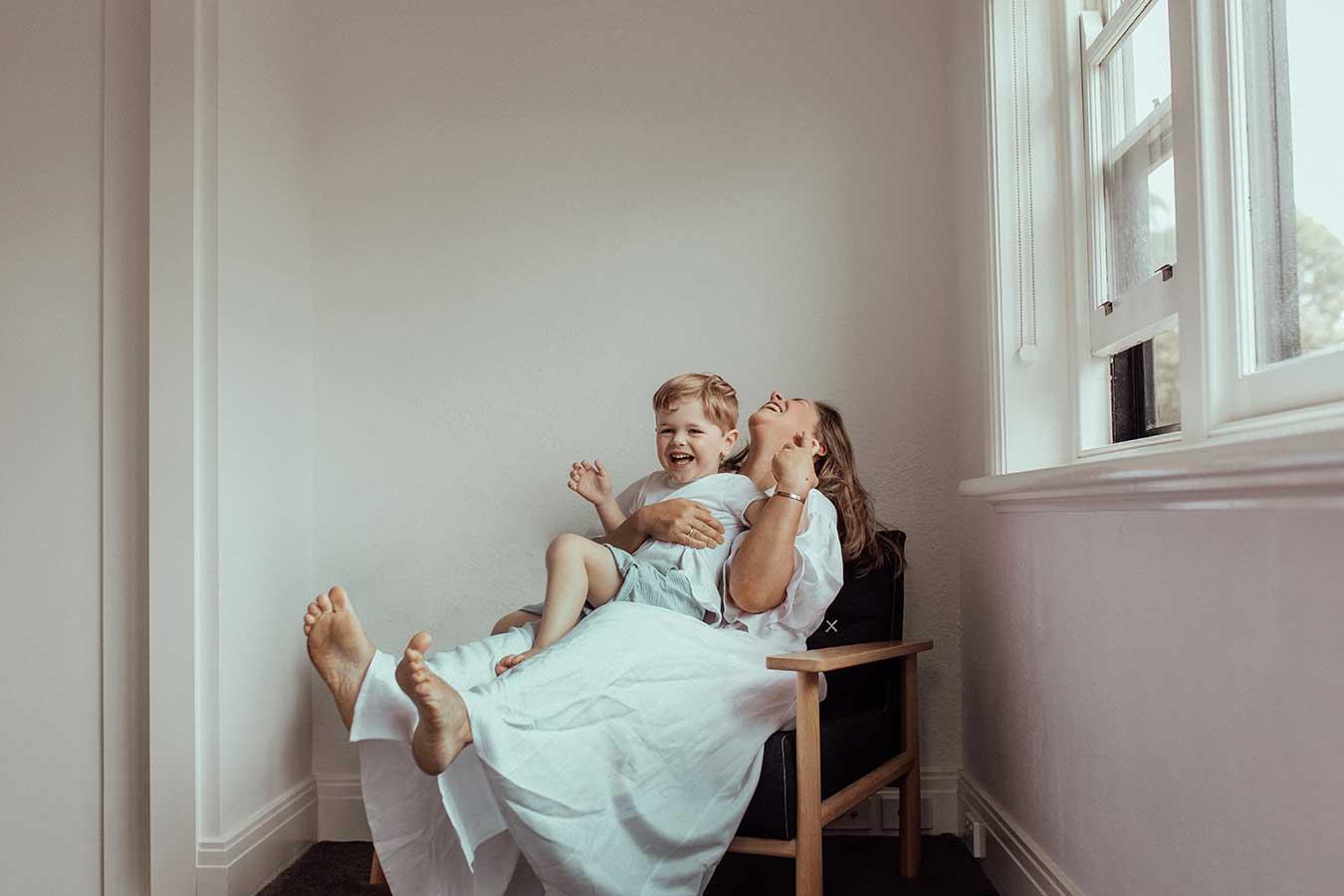 motherhood-photography-mothers-day-gift-3